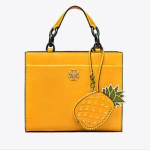 Tory Burch Accessories - 🎉HP🎉 🆕 Tory Burch Pineapple Coin Pouch Key Fob